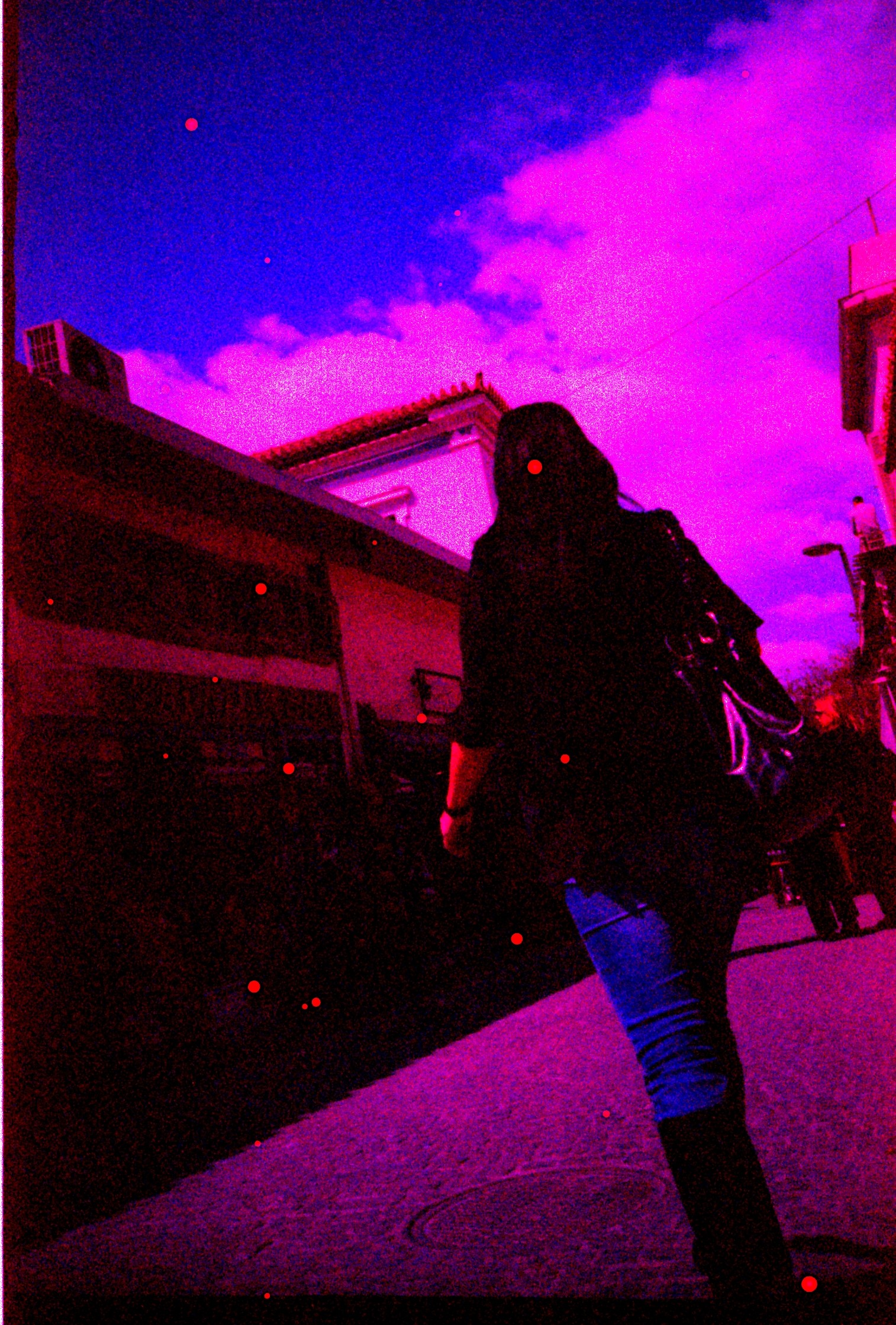 Heavy coloured shifts in cross-processed expired slide film